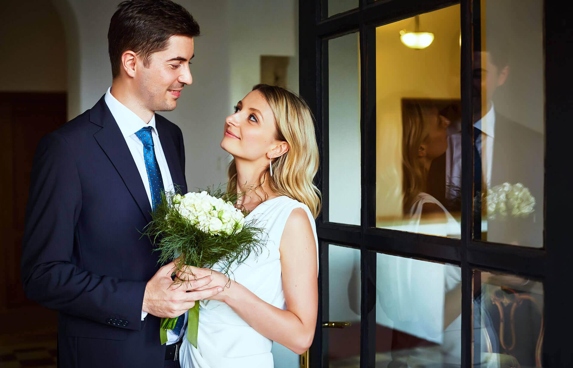 cupli proaspat casatoriti